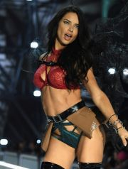 PARIS, FRANCE - NOVEMBER 30:  Adriana Lima walks the runway at the Victoria's Secret Fashion Show on November 30, 2016 in Paris, France.  (Photo by Pascal Le Segretain/Getty Images for Victoria's Secret)