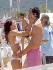 PICTURE BY: ©  MATRIXPHOTOS.COM PLEASE CREDIT ALL USES  CLAIRE FORLANI & HUSBAND ON THE BEACH AT SANT TROPEZ, FRANCE.  14TH JULY 2004  JOB: 20041 TEL: +44 20 7584 2862