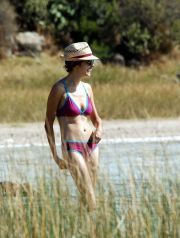 © 296 unopress no credit EXCLUSIVE Pantelleria, Italy 17/08/08 Audrey Tautou and her boyfriend spend their holidays in Pantelleria