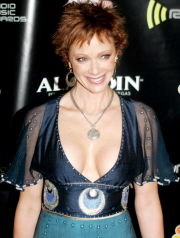 Dec 19, 2005; Las Vegas, NV, USA; LAUREN HOLLY at the 2005 Radio Music Awards held at the Aladdin Casino & Resort in Las Vegas. Mandatory Credit: Photo by Roger Williams/ZUMA Press. (©) Copyright 2005 by Roger Williams
