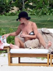 Jaime Pressly and her new husband Simran Singh have romantic honeymoon in Mexico. <P> Pictured: Jaime Pressly and Simran Singh <P> <B>Ref: SPL130482  101009   EXCLUSIVE</B><BR /> Picture by: Clasos.com / Splash News<BR /> </P><P> <B>Splash News and Pictures</B><BR /> Los Angeles:310-821-2666<BR /> New York:212-619-2666<BR /> London:870-934-2666<BR /> photodesk@splashnews.com<BR /> </P>