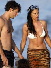 07/27/2003. Exclusive: Monica Bellucci and Vincent Cassel in holidays in Corsica, France.