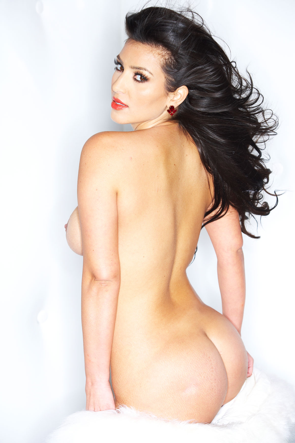 Free pictures of kim kardashian naked, katy perry hot naked showing ass