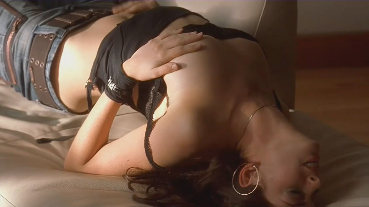 Anne hathaway naked havoc video — pic 9