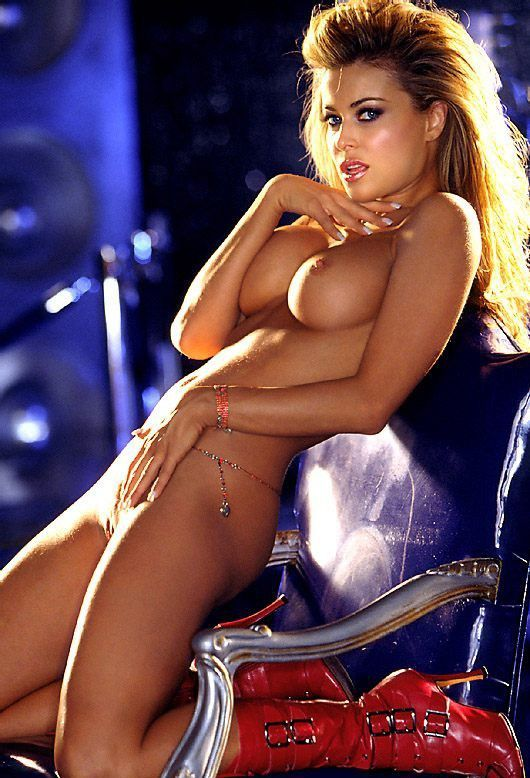 Carmen electra nude shower abused porn