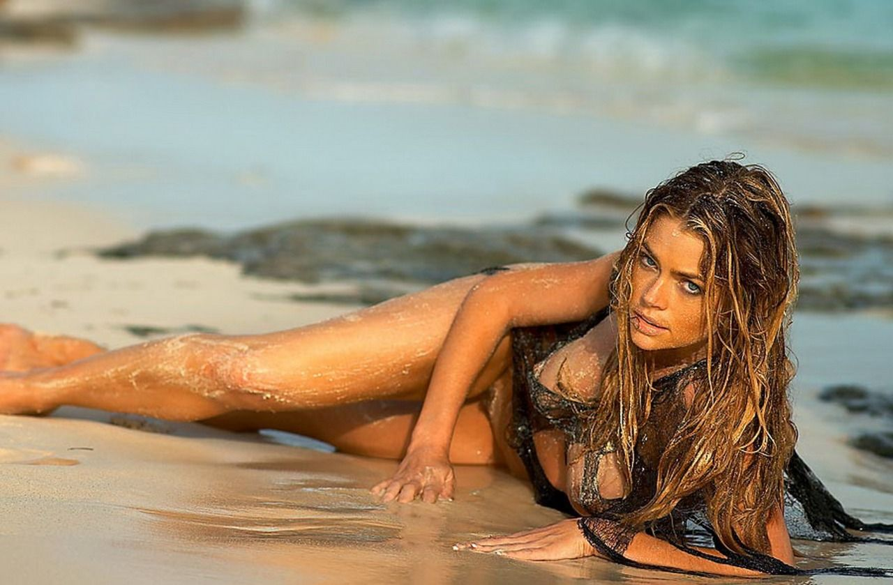 Oral images of denise richards nude sex pic
