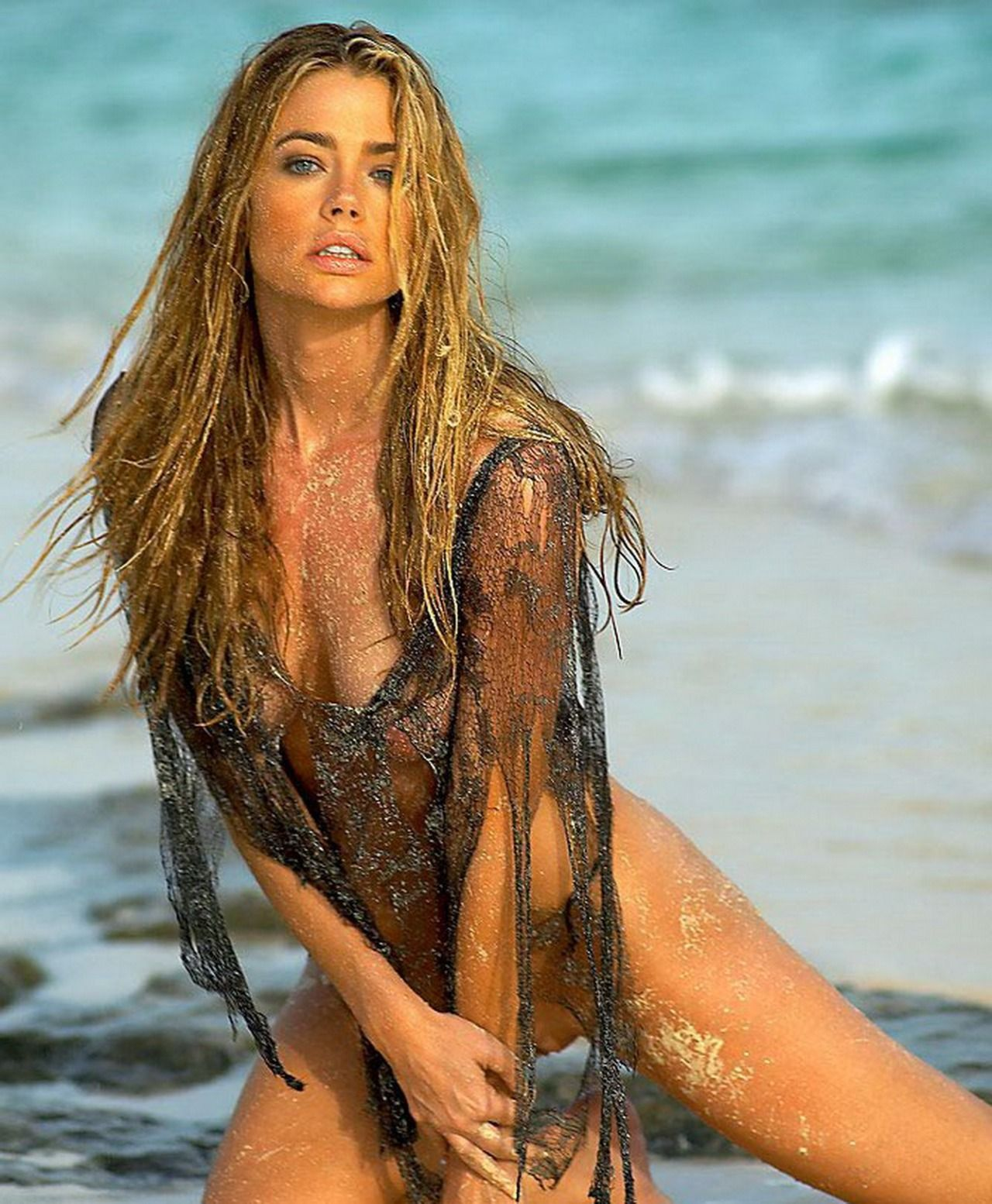 Images of denise richards nude — photo 2