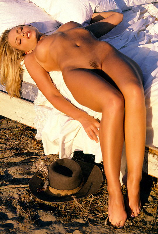 Jaime pressly naked videos — pic 15