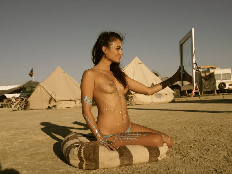 Nathalie kelley nude loaded movie